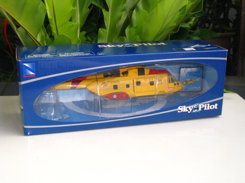 NewRay Sky Pilot  1/72  Agusta Westland AW101 Diecast Model Helicopter Yellow(24cm)