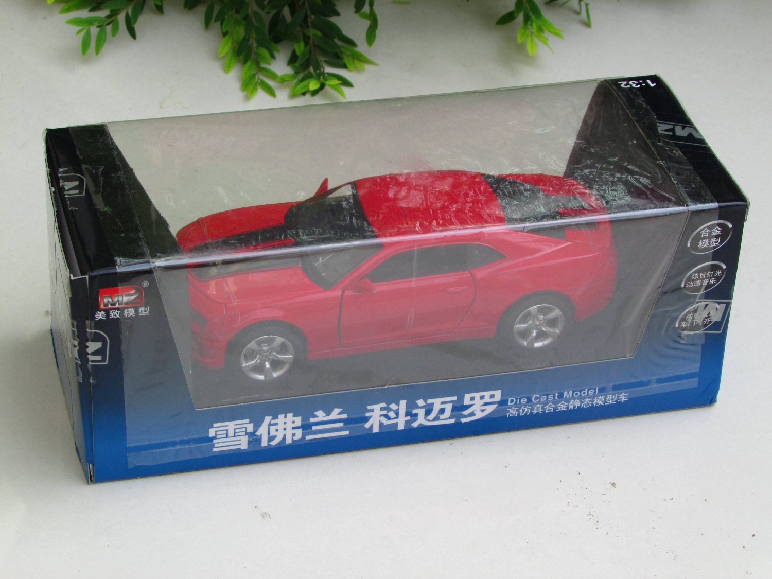 MZ 1/32 Diecast Car Model 2010 Chevrolet Camaro with Sound & Light RED