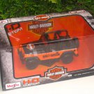 Maisto 1-27 Harley Davidson Jeep Wrangler Rubicon (Orange)