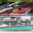Maisto Design 1-64 Tow & Go Volkswagen VW Samba van Car with Alameda Trailer