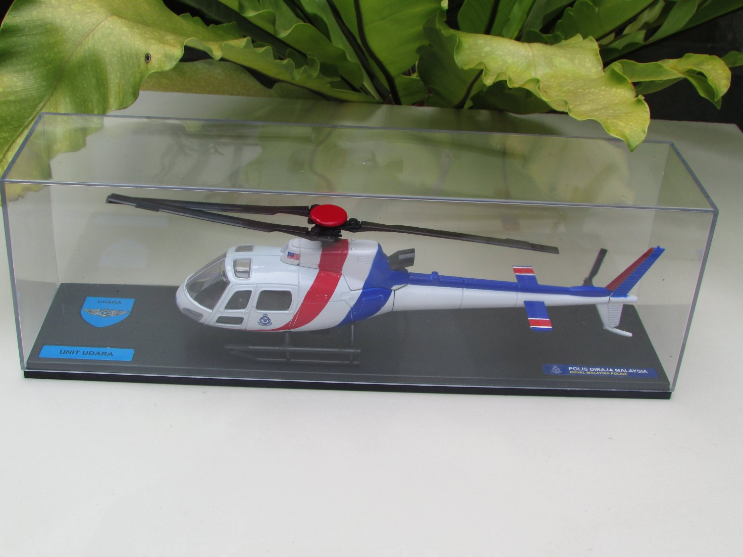 Royal Malaysia Police Series - 1/43 Diecast  Malaysia  Helicopter Unit Udara PDRM (UUP) AS Series