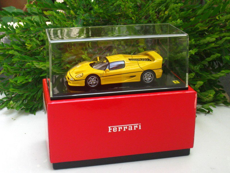 Kyosho 1/43 Die Cast Model Car Ferrari F50 YELLOW (050901Y)