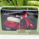 New Ray 1/12 Diecast Motorcycle Vespa Primavera Scooter 2013 (Red)