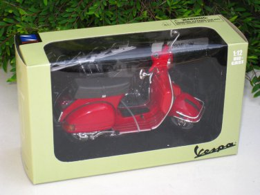 New Ray 1/12 Diecast Motorcycle Vespa P200E del  Scooter 1978  (Red)
