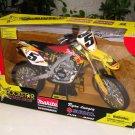 New Ray 1/6 Die Cast Motorcyle Motocross Suzuki RM-Z450 (2010) #5 Ryan Dungey