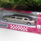 "Kinsmart (7"") Die cast 1999 Lincoln Town Car Stretch Limousine  Gold (1-38) Sedan Car"
