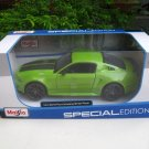 Maisto 1/24 Diecast Car Special Edition 2014 Ford Mustang Street Racer (Green)