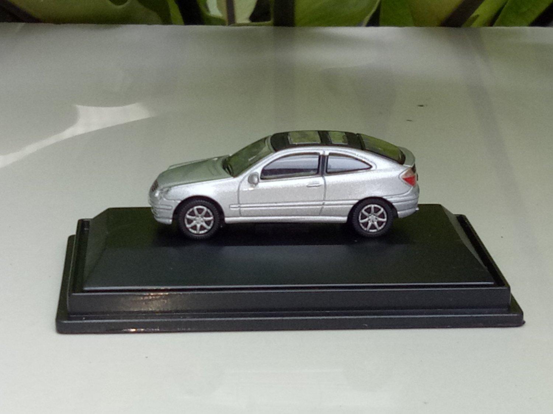 High Speed 1:87 Mercedes Benz C-Class Sports Coupe 2001�2004 Mercedes-Benz C 200