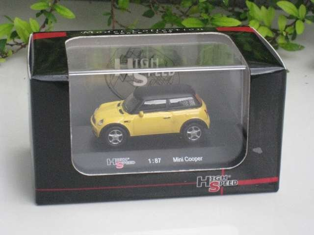 High Speed 1/87 Mini Cooper  Yellow With Black Top