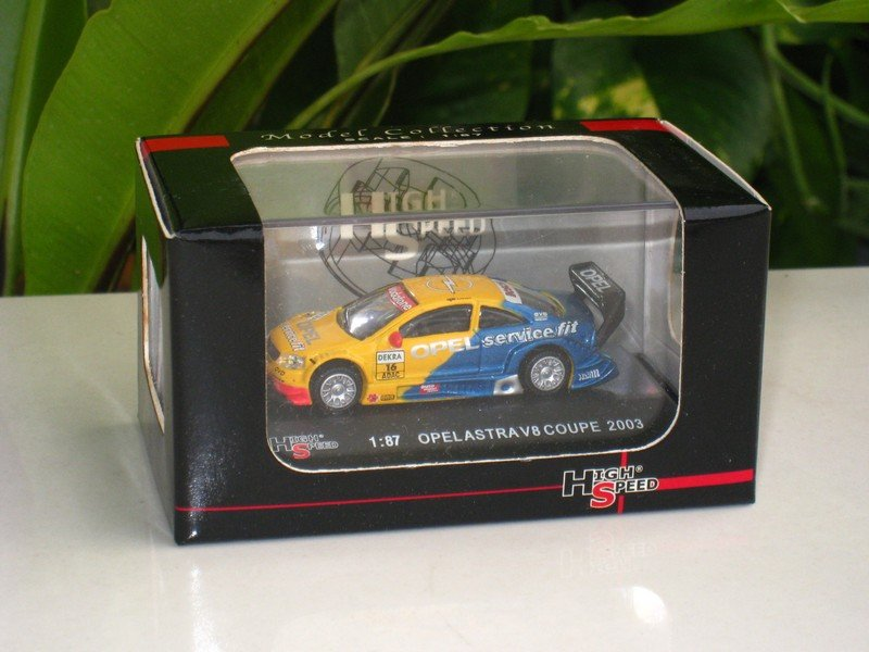 High Speed 1/87 Diecast Car OPEL ASTRA V8 COUPE, OPC EUROTEAM 2003 #16 JOACHIM WINKELHOCK