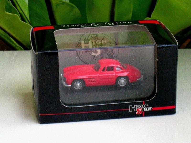 High Speed 1/87 Diecast Car Mercedes Benz 300SL Wing Door 1954 Red Classic Car