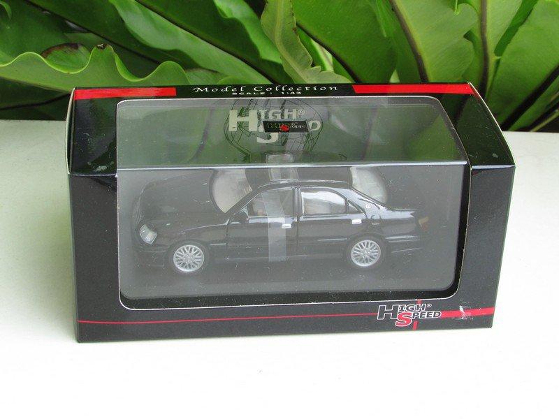 High Speed 1/43 Diecast Model Car Toyota Crown Royal Saloon 2004 (Black)