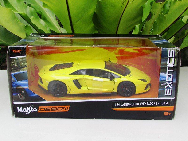 Maisto 1/24 Design Diecast Car EXOTICS Lamborghini Aventador LP700-4 (Yellow)
