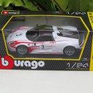 Bburago 1/24 Diecast Car Porsche 918 Spyder #3 Weissach 2012 (White)