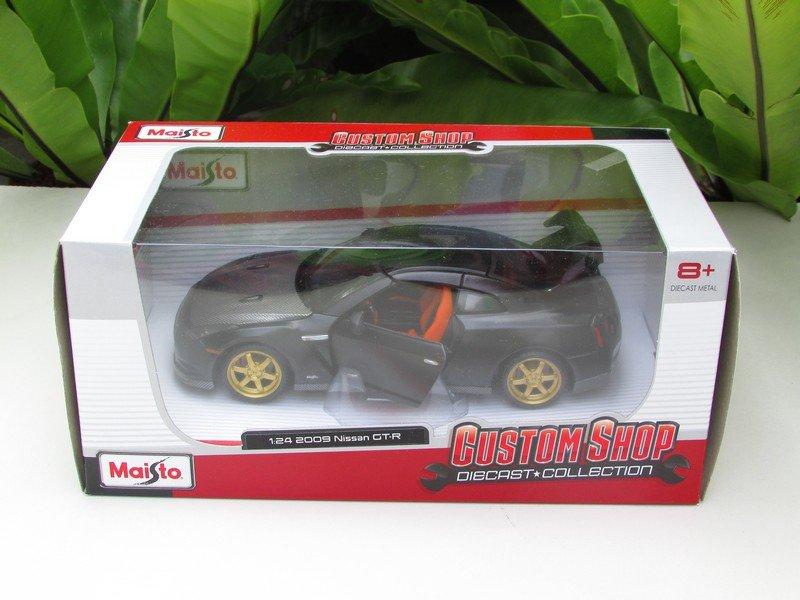 Maisto 1/24 Custom Shop Diecast Car Nissan GTR R35 (2009) Matt Black