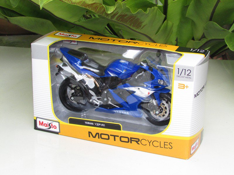Maisto 1/12 Diecast Motorcycle 2004 Yamaha YZF R1 (Blue) Supersport Motorcycle