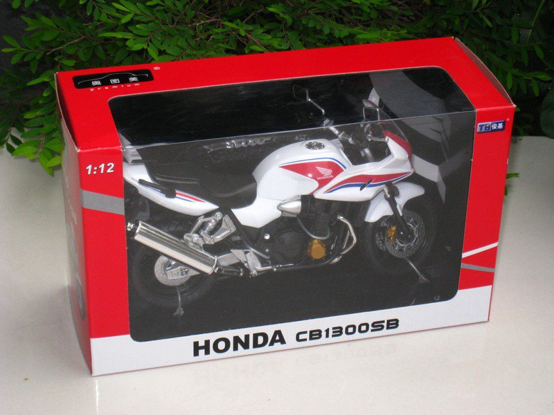 Automaxx 1/12 Diecast Motorcycle 2008 Honda CB1300SB�SUPER BOL D'OR�White