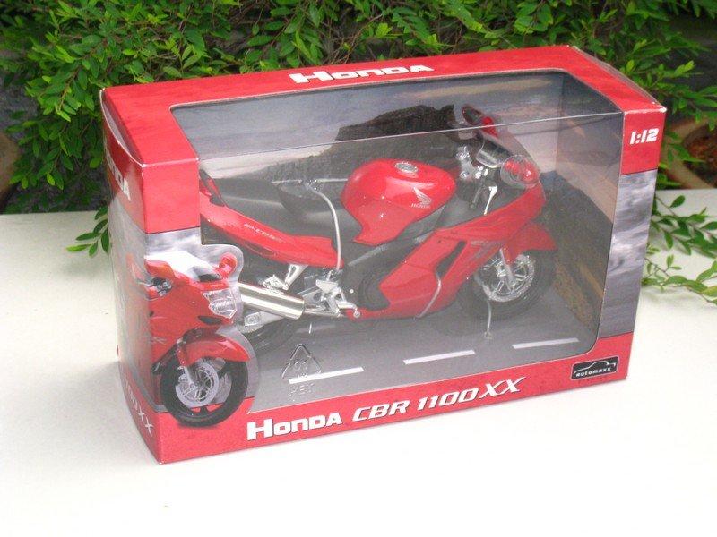 Automaxx 1/12 Die Cast Motorcycle 2002 HONDA CBR1100XX SUPER BLACKBIRD (Red)