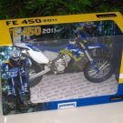 Automaxx 1/12 Diecast Motorcycle 2011 Husaberg  FE 450 Dirt Bike (Blue)