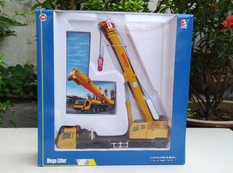 Kaidiwei 1/55  Die cast Construction Vehicle Mega Lifter Mobile Crane Yellow (20cm)