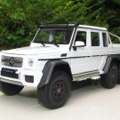 Welly 1/24 Diecast Car Mercedes Benz G 63 AMG 6x6 White (2014)