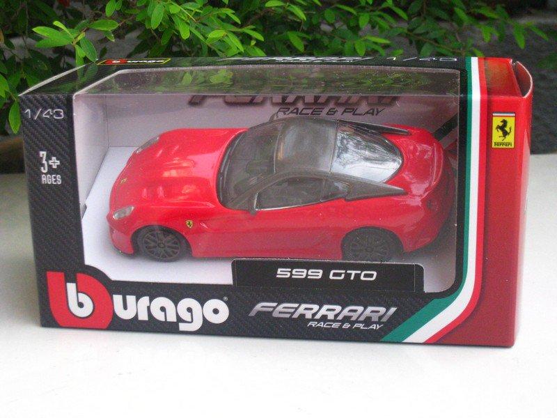 Bburago 1/43 Ferrari Diecast Car Model Ferrari 599 GTO (Red) 10cm