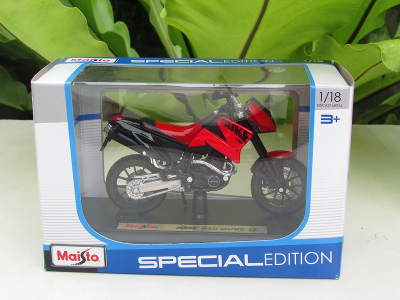 Maisto 1/18 Special Edition Diecast Motorcycle KTM 640 Duke II (Red) 2001