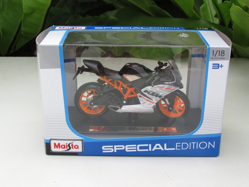 Maisto 1/18 Special Edition Diecast Motorcycle KTM RC390 Black 2015