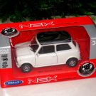 Welly NWX Diecast Model Car Mini Cooper 1300  WHITE 1-38 Classes Car (10cm)