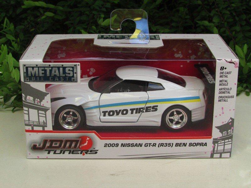 JADA 1/32 Diecast Car JDM Tuners 2009 Nissan GTR GT-R (R35) BEN SOPRA TOYO TIRES