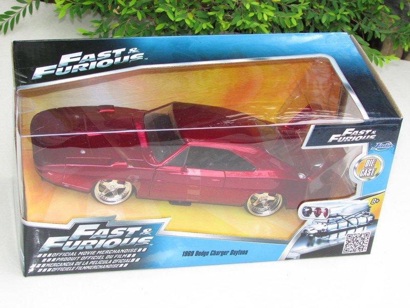 JADA 1/24 Fast & Furious Diecast Car 1969 Dodge Charger Daytona (Red)