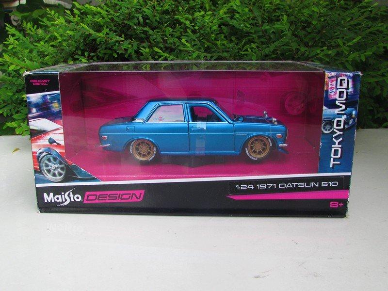 Maisto 1/24 Design Diecast Car Tokyo Mod 1971 Nissan Datsun 510 Bluebird SSS Blue