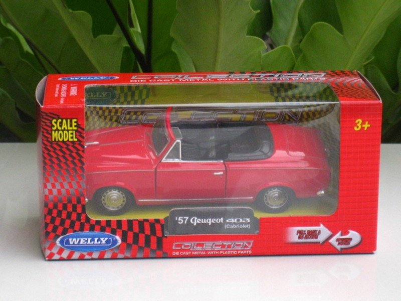 Welly (11cm) Diecast Car Peugeot 403 Cabriolet Red 1957 Classics Car
