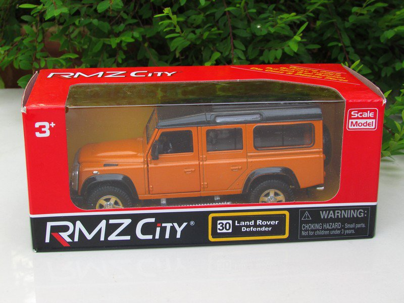 "RMZ DSM 5"" Die cast Model #30 Land Rover Defender 110 Orange"