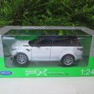 Welly 1/24 Diecast Car RANGE ROVER SPORT 2015 SUV With BLACK TOP White