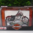 Maisto 1/18 Diecast Motorcycles Harley-Davidson 2012 XL 1200V Seventy-Two Red