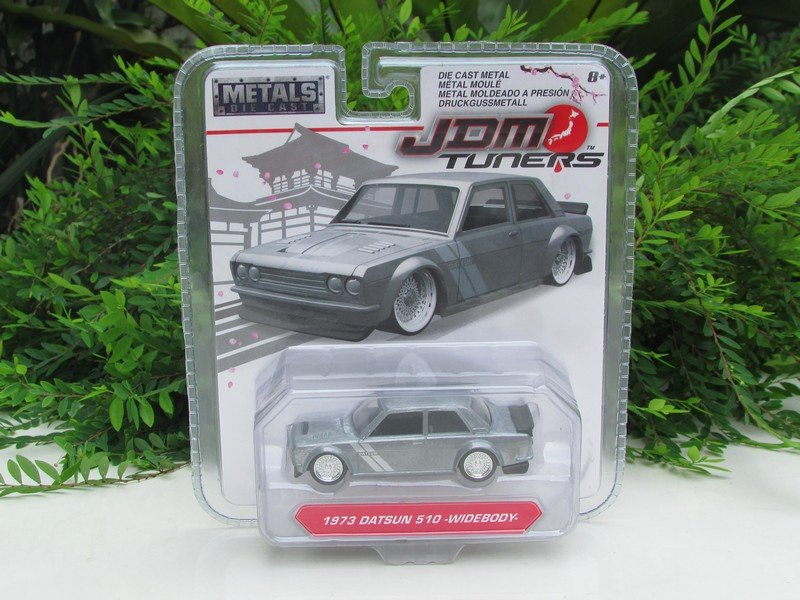 JADA 1/64 Diecast Car JDM Tuners 1973 DATSUN 510 -WIDEBODY- Grey (8cm) Japan Car
