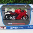 Maisto 1/18 Special Edition Diecast Motorcycle  DUCATI SUPERSPORT S Red 2017
