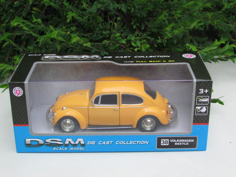 RMZ DSM 5' Die cast Model Car #38 Volkswagen VW Beetle (Yellow) 1967