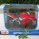 Maisto 1/18 Special Edition Diecast Motorcycle 2002 Honda VFR800 Red