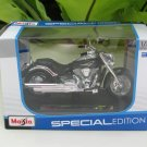 Maisto 1/18 Special Edition Diecast Motorcycle Kawasaki Vulcan 2000 Green 2004