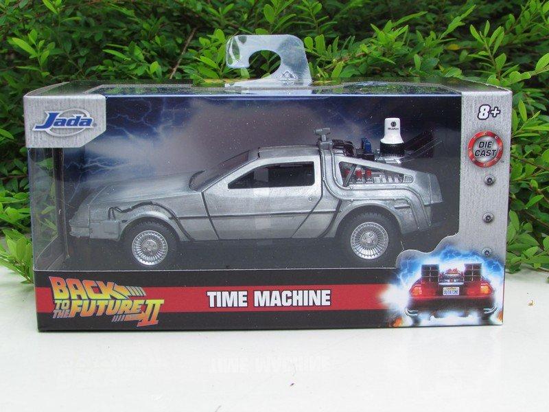 JADA 1/32 Delorean Time Machine Back To The Future II Diecast Movie Car
