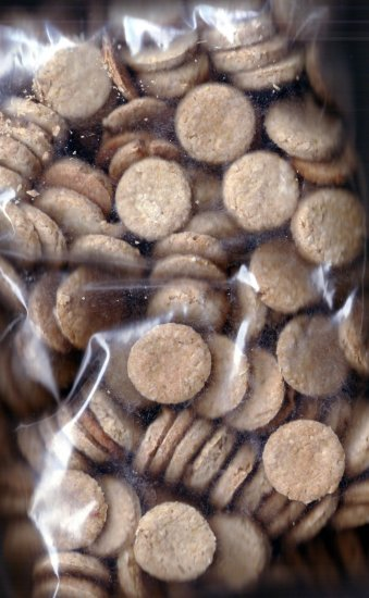 Baked cookies: Dog Treats 18 flavors Vet-Approved!