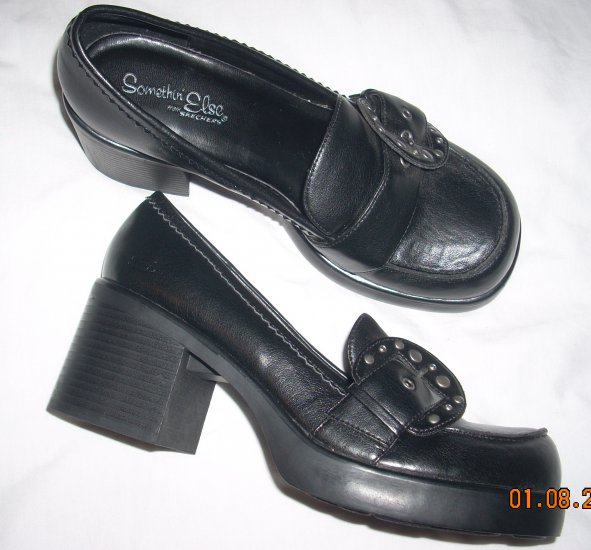 Womens shoes by Skechers