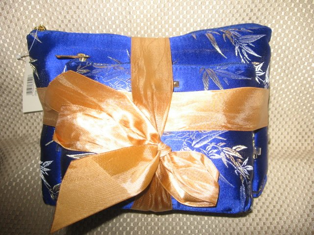 Blue w/ Gold Leaf Design 3 Piece Cosmetic Bag Set New