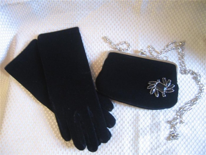 Black Velvet Gloves  Purse Handbag Set Removable Pin New