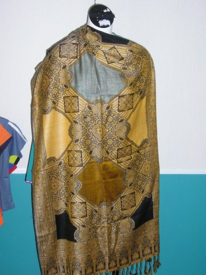 Brown Woolen Shawl