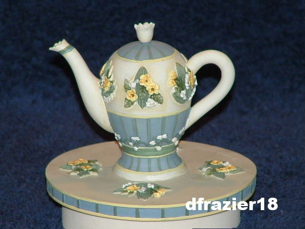 LILY OF THE VALLEY TEAPOT Jar Candle Topper Debbie Mumm Tea Pot