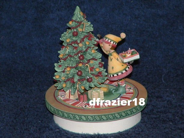 ELINOR DECORATES THE TREE Jar Candle Topper Debbie Mumm Christmas
