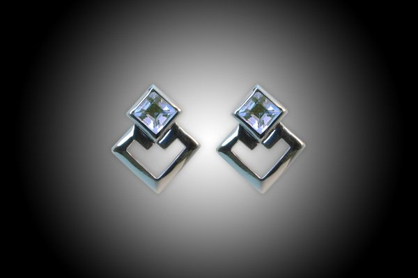 silver earring 18k gold plated with natural Blue Topaz